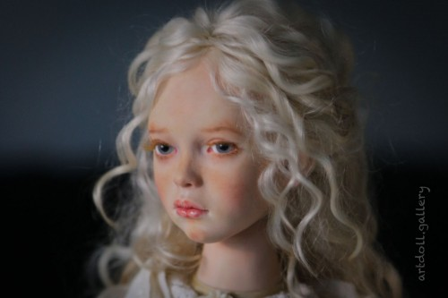 Doris-Art-Doll-by-Natali-Voro-00001.jpg