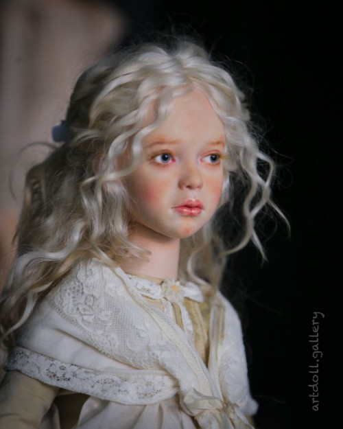 Doris-Art-Doll-by-Natali-Voro-00002.jpg