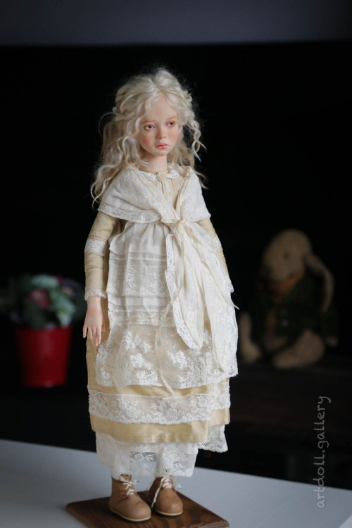 Doris-Art-Doll-by-Natali-Voro-00003.jpg