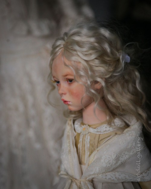 Doris-Art-Doll-by-Natali-Voro-00005.jpg