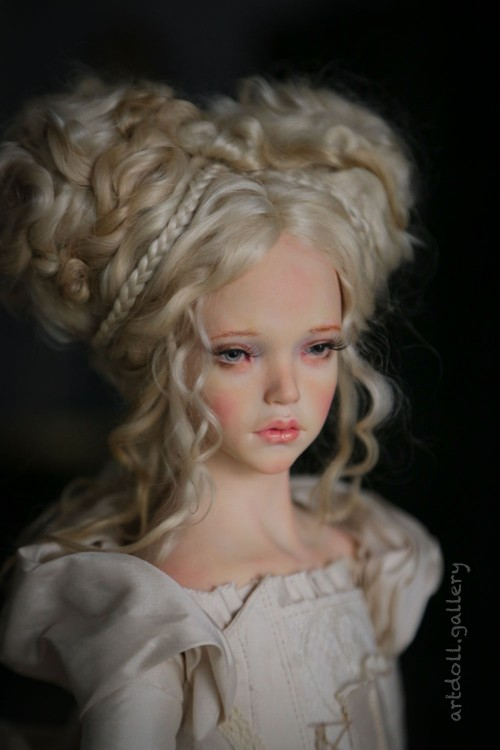 Juno-Art-Doll-by-Natali-Voro-00001.jpg