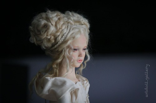 Juno-Art-Doll-by-Natali-Voro-00003.jpg