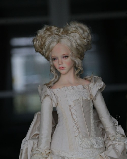 Juno-Art-Doll-by-Natali-Voro-00008.jpg
